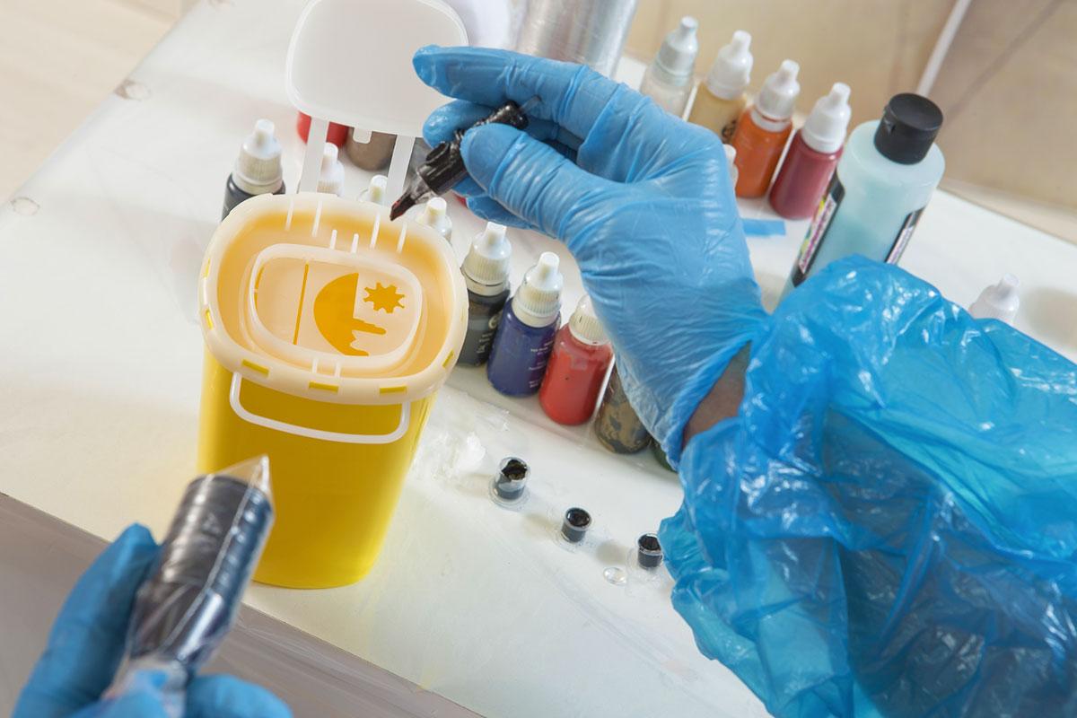 """Für Abfälle aus Einrichtungen des Gesundheitsdienstes gilt die LAGA-Mitteilung 18: """"Vollzugshilfe zur Entsorgung von Abfällen aus Einrichtungen des Gesundheitsdienstes"""". (Foto: JPC-PROD, Fotolia)"""