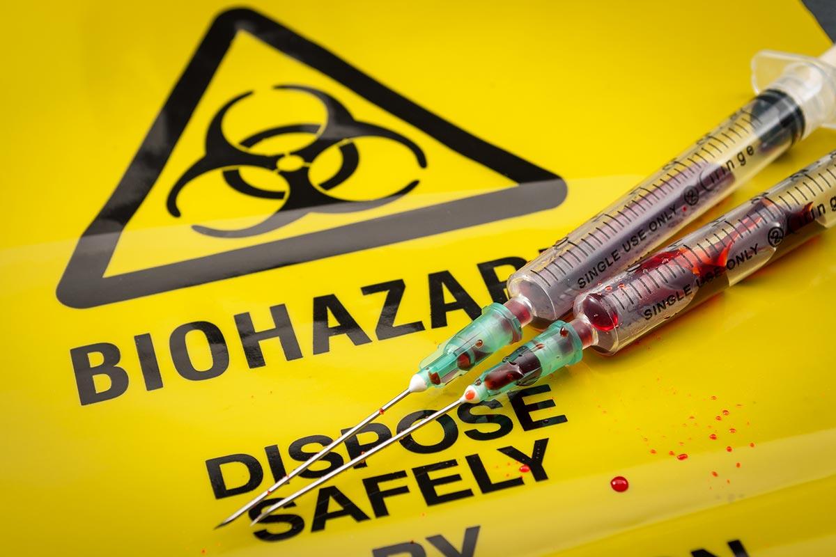 Gefährliche Abfälle in der Medizin (Foto: Victor Moussa, Fotolia)