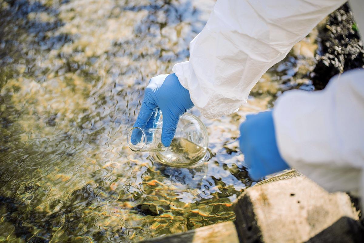 Arzneimittel belasten zunehmend unsere Umwelt (Foto: kaninstudio, Fotolia)