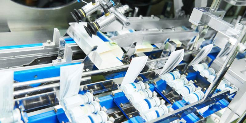 Mehrwegverpackungen oder ökologisch vorteilhafte Einwegverpackungen – Hersteller und Vertreiber sind für ihre Produkte in der Verantwortung (Foto: Kadmy, Fotolia)