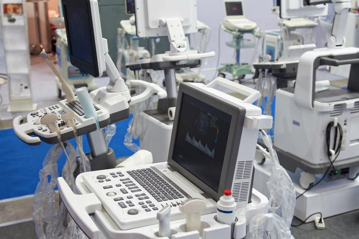 Für Geräte, die im gewerblichen Bereich eingesetzt und nach dem 13. August 2005 in Betrieb genommen bzw. in Verkehr gebracht wurden, sind die Hersteller verantwortlich (§19 ElektroG) (Foto: DmyTo, Fotolia)