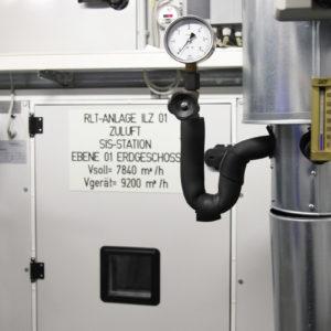 Ebenso gehört eine hochmoderne Luftfilteranlage zur Ausstattung der Sonderisolierstation am Universitätsklinikum Düsseldorf. (Foto: Abfallmanager Medizin)